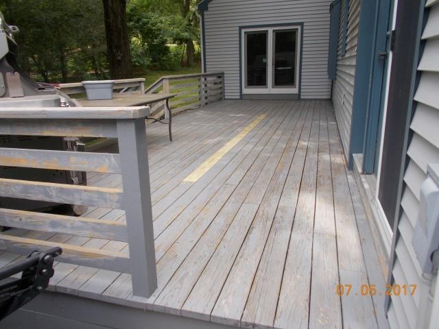 Middlebury Deck Paint-B4 (5).JPG