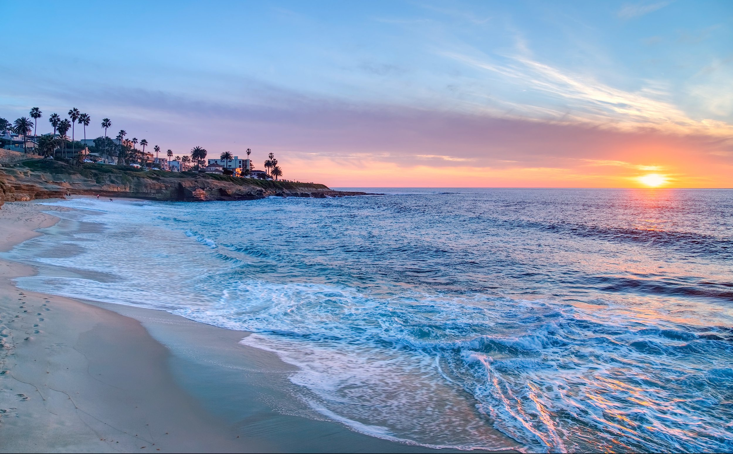 bigs-Sunset-at-Wipeout-Beach-La-Jolla-California-e1482282928458.jpg