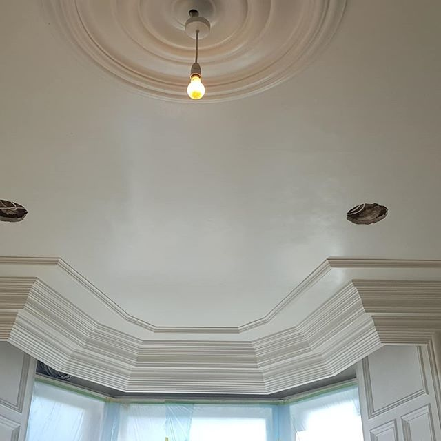 Large project we have been working on lately , applying primer coat then 2nd and 3rd coats to new ceilings and ornate cornice - more pics/news to follow  Excited about this one.  #decorator #spraying #sprayfinish #graco #ornate #cornice #highquality #highstandards #recentwork #professionals #painting #precisiondecor