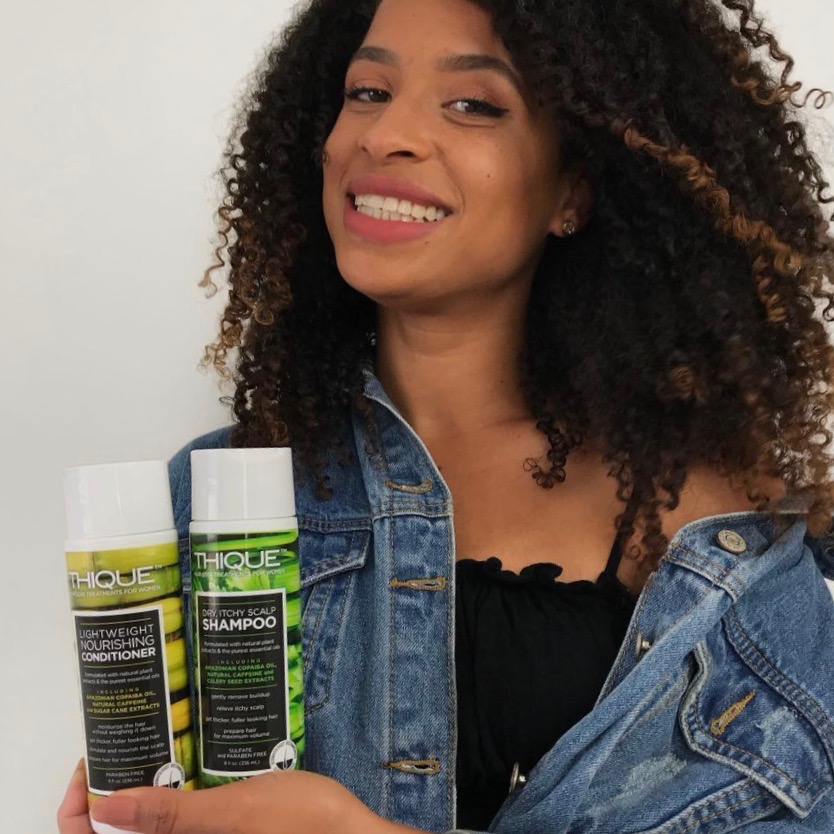 """""""...help you fight dandruff, itching and thoroughly clean your hair without sulfates and without knots."""" @frizzydesi"""