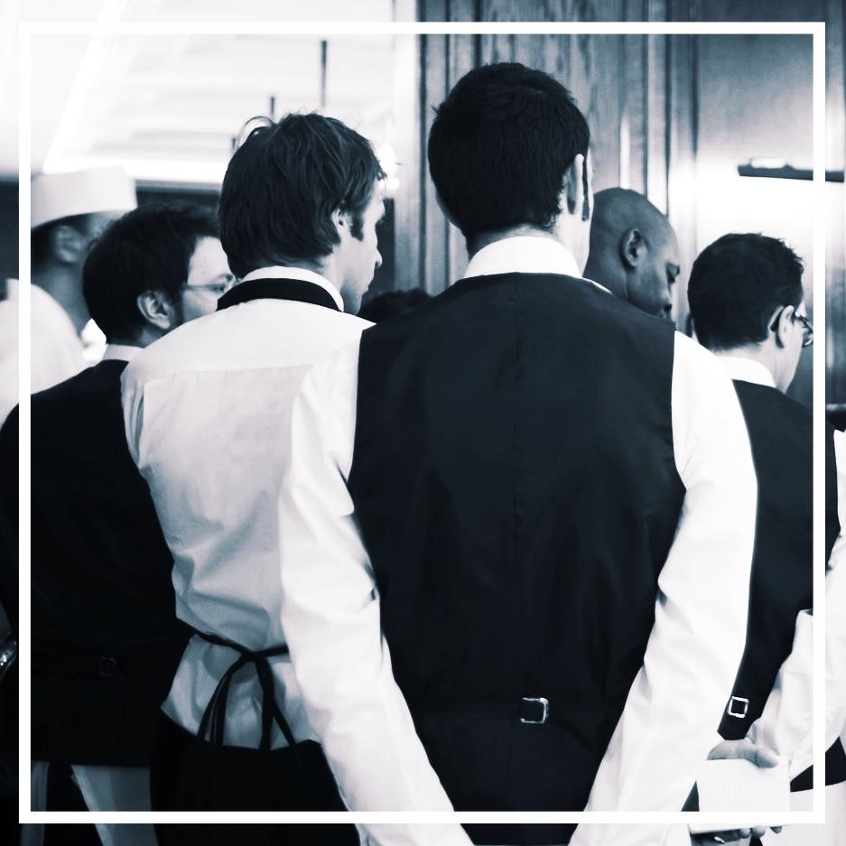 restaurant_staff.jpg