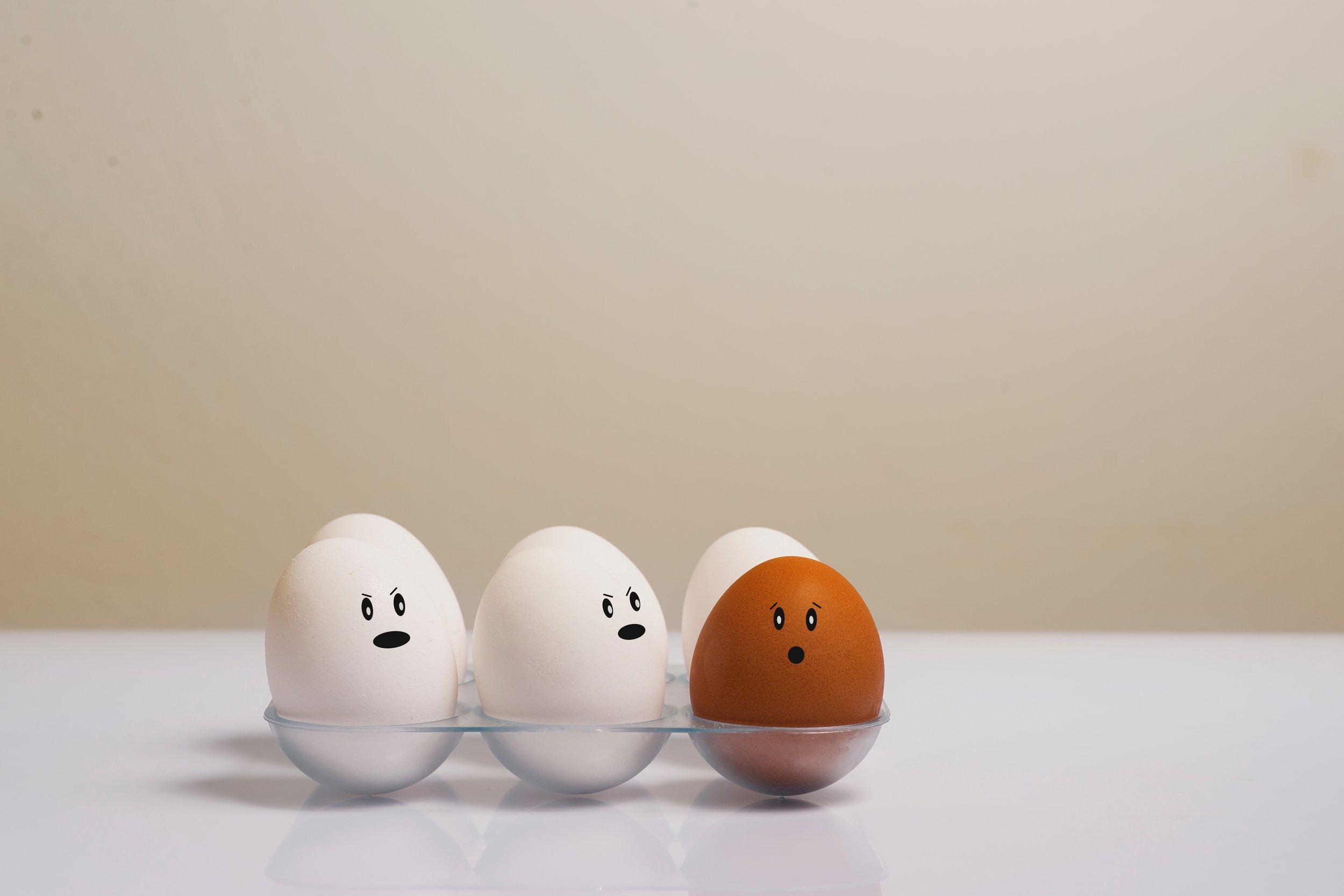 artsy-chicken-eggs-color-1556707.jpg