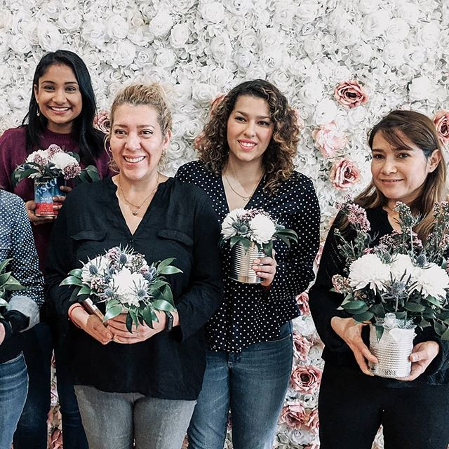 Last weekend, we hosted a workshop for an amazing group of women from @betweenfriendschi! So happy to share our love for flowers with each other. ❤️🌸🌻 . . . #flowerclasses #flowerpower #womenempowerment #womenownedbusiness #supportlocal