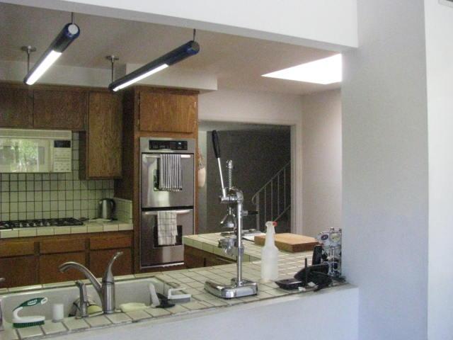 Kitchen-Before 3.jpg