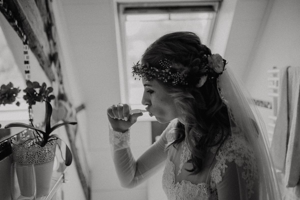 wholeheartedweddings-TimoMatthies-weddingphotography-moody-Melanie-Henrick-Mannheim-033.jpg