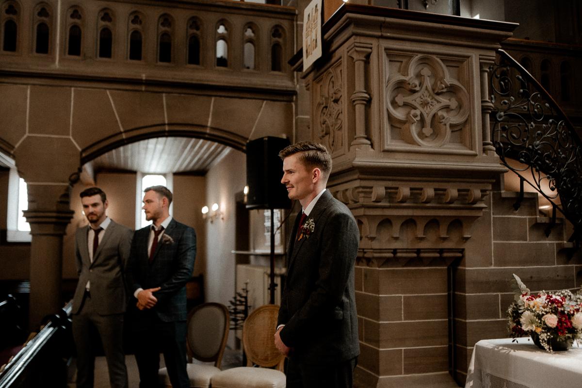 wholeheartedweddings-TimoMatthies-weddingphotography-moody-Melanie-Henrick-Mannheim-042.jpg