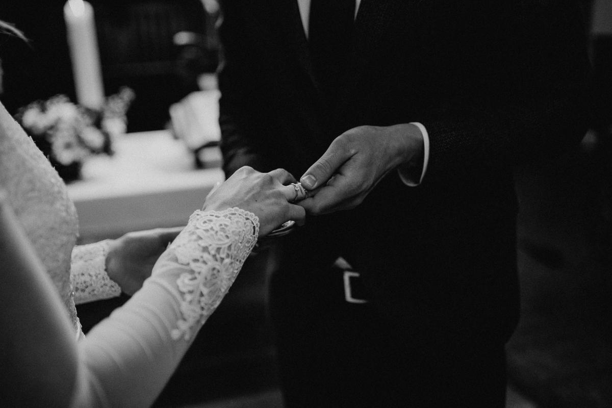 wholeheartedweddings-TimoMatthies-weddingphotography-moody-Melanie-Henrick-Mannheim-058.jpg