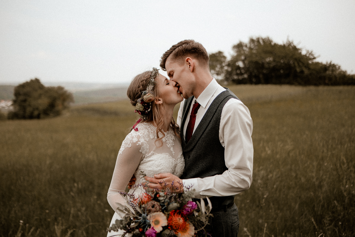wholeheartedweddings-TimoMatthies-weddingphotography-moody-Melanie-Henrick-Mannheim-081.jpg