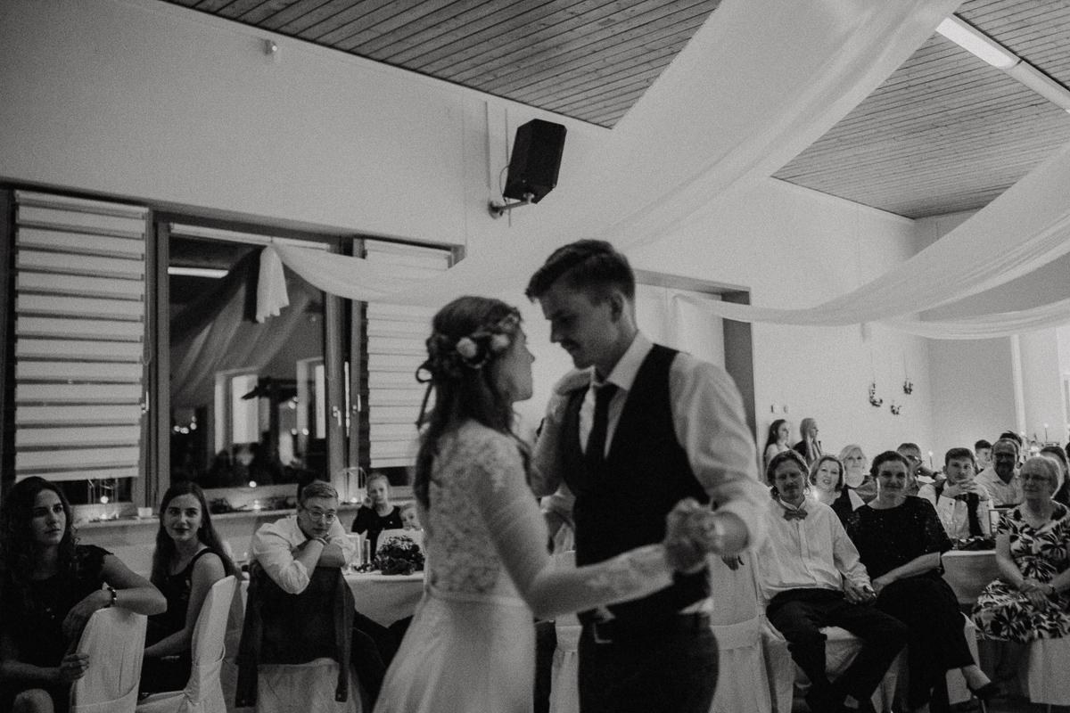 wholeheartedweddings-TimoMatthies-weddingphotography-moody-Melanie-Henrick-Mannheim-093.jpg