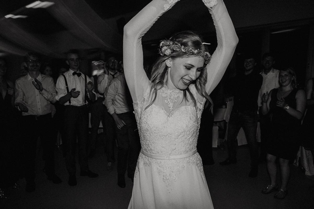 wholeheartedweddings-TimoMatthies-weddingphotography-moody-Melanie-Henrick-Mannheim-098.jpg