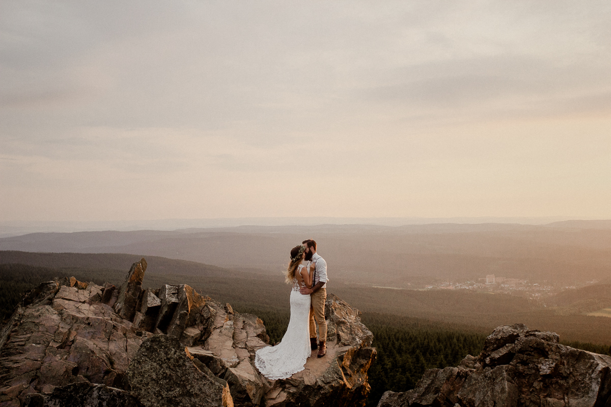 wholeheartedweddings-TimoMatthies-weddingphotography-afterwedding-Leonie-Leonard-harz-boho014.jpg