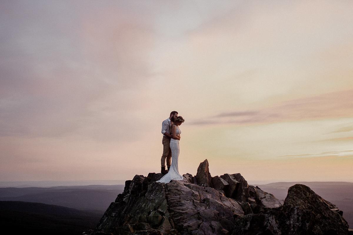 wholeheartedweddings-TimoMatthies-weddingphotography-afterwedding-Leonie-Leonard-harz-boho020.jpg