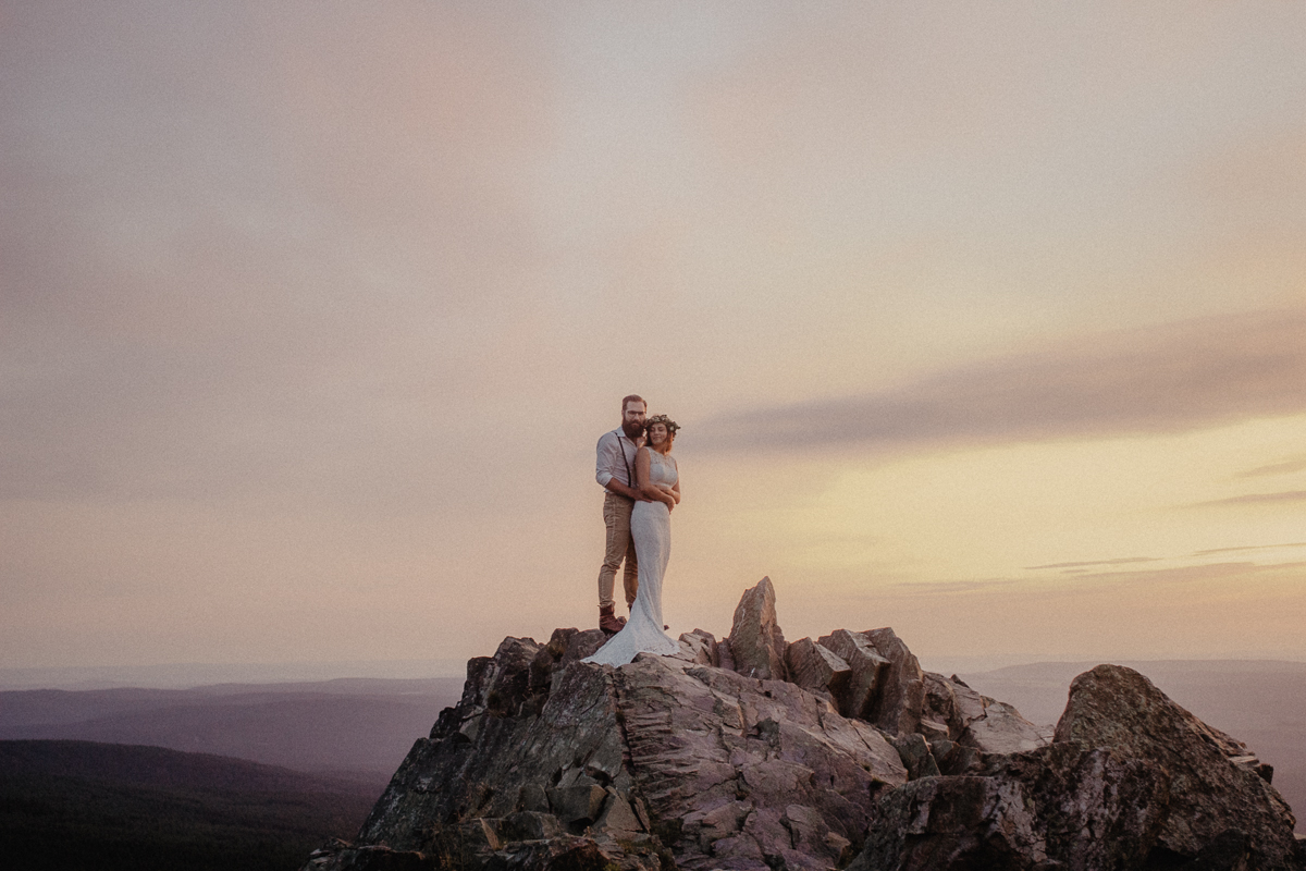 wholeheartedweddings-TimoMatthies-weddingphotography-afterwedding-Leonie-Leonard-harz-boho021.jpg