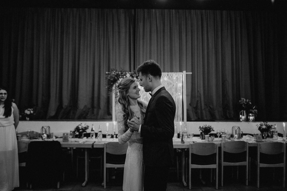 wholeheartedweddings-Timo-Matthies-Sean&Judy-boho-Barnweddings-1-96.jpg