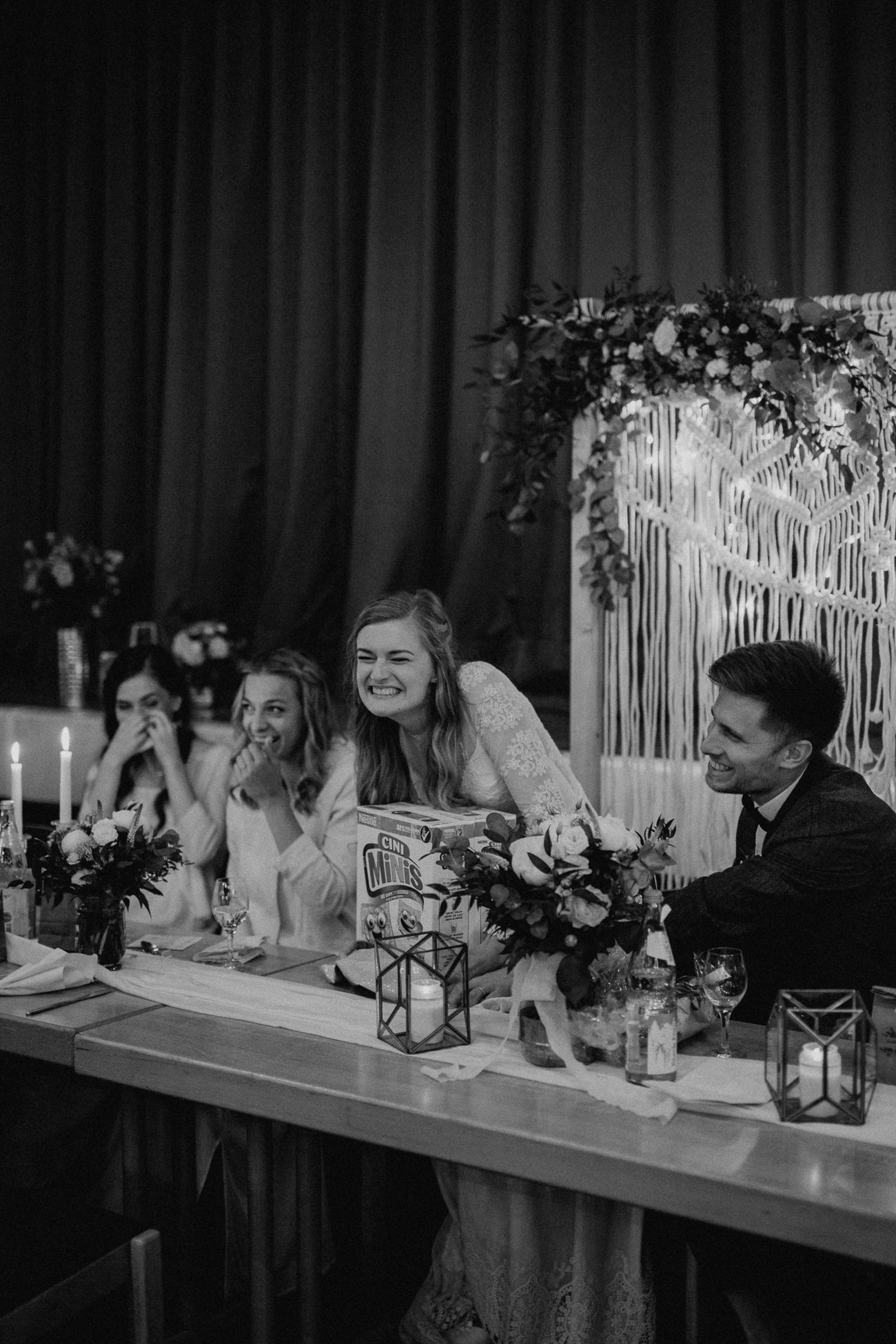 wholeheartedweddings-Timo-Matthies-Sean&Judy-boho-Barnweddings-hochformat-008.jpg