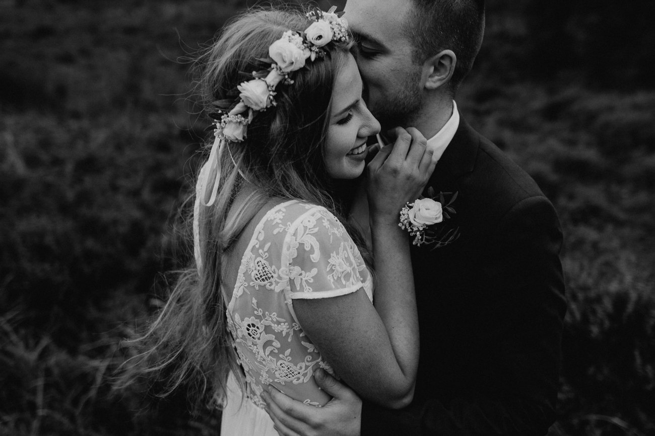wholeheartedweddings-Timo-Matthies-Cathrin&Lukas-moddy-afterwedding-wahner-Heide-Cologne-018.jpg