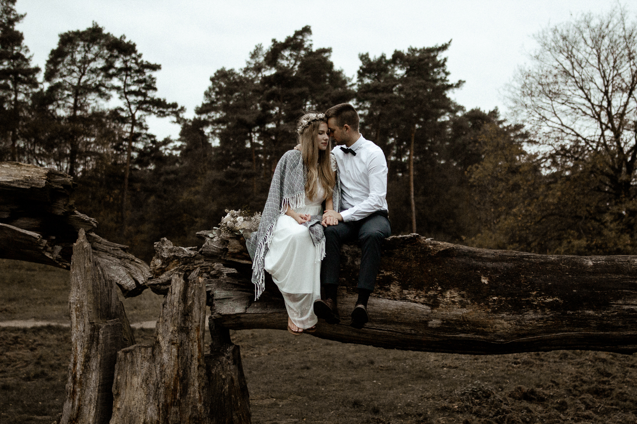 wholeheartedweddings-Timo-Matthies-Cathrin&Lukas-moddy-afterwedding-wahner-Heide-Cologne-023.jpg