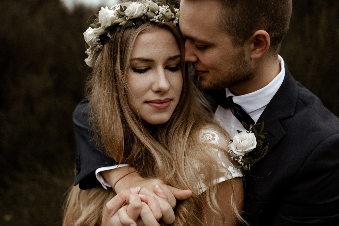 wholeheartedweddings-Timo-Matthies-Cathrin&Lukas-moddy-afterwedding-wahner-Heide-Cologne-007.jpg