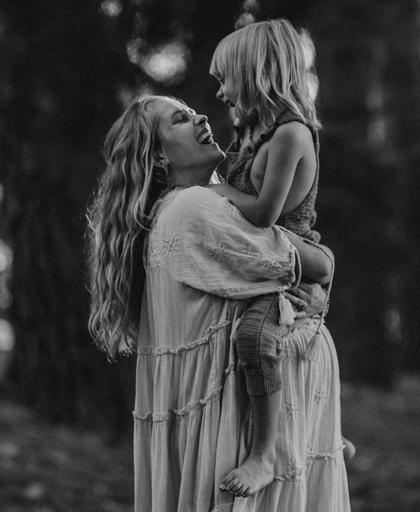 1ba26ca06b895 Week 39 Pregnancy VLOG by Teresa Palmer — Your Zen Mama