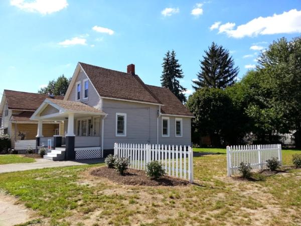 Cleveland Slavic Village. Photo via  NHC Open House Blog .