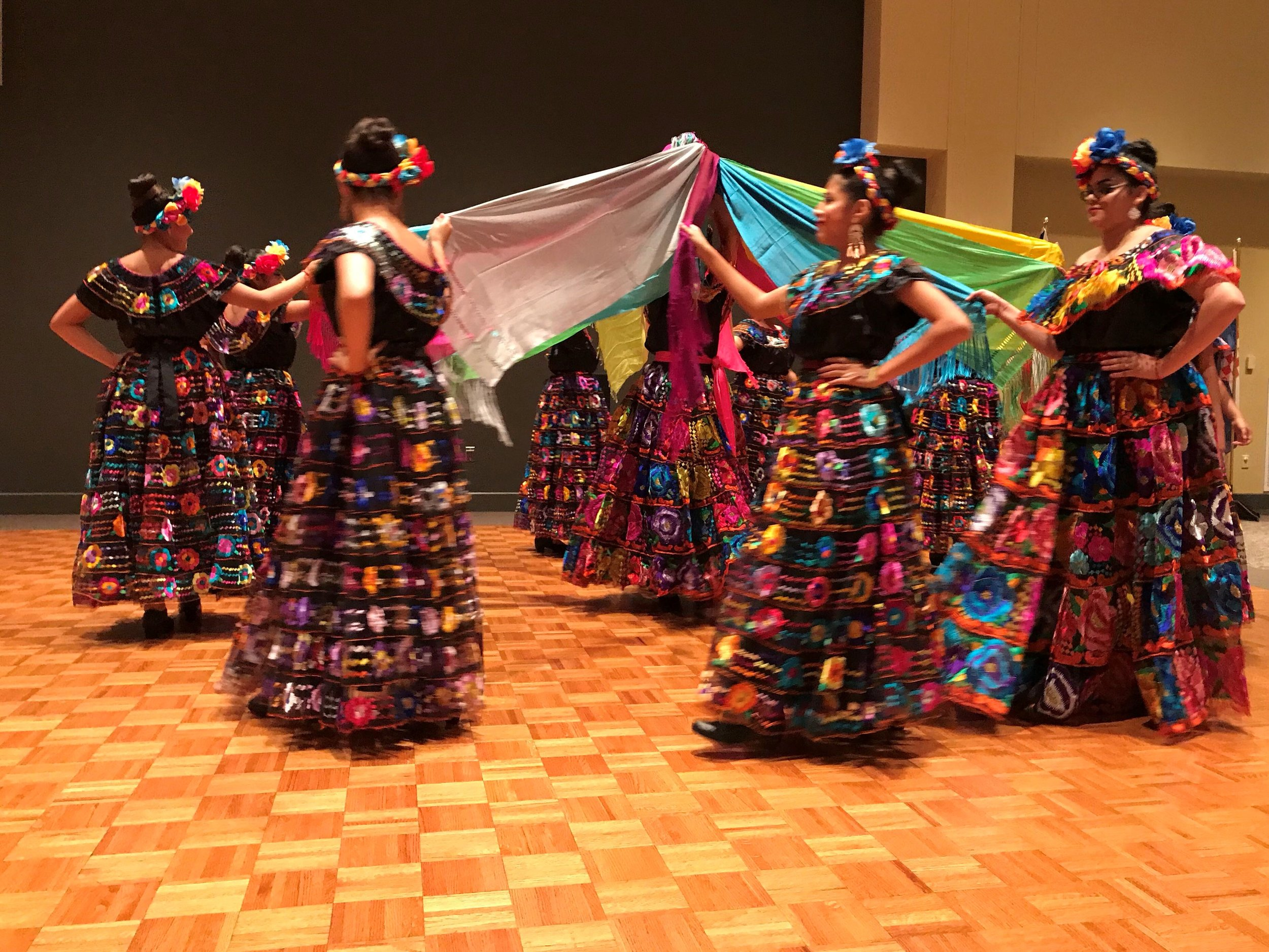 Dancers entertained at the International Dinner!