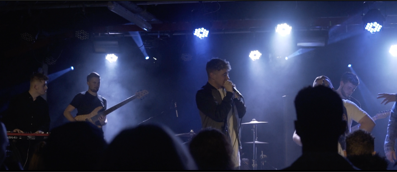 Undisclosed Live 4.png