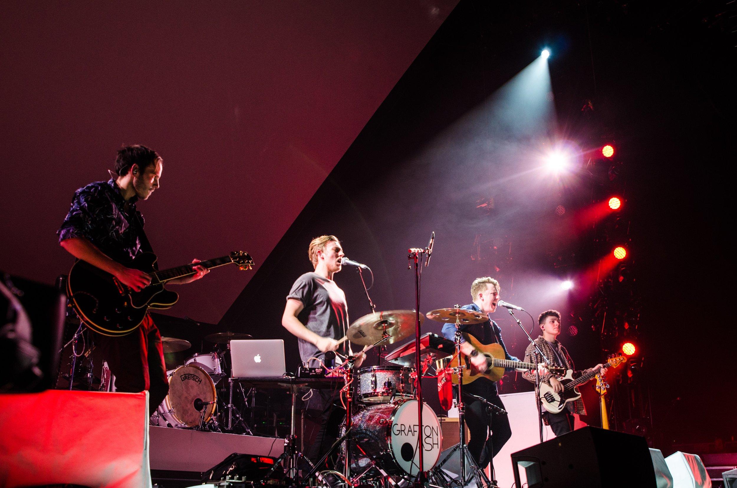Grafton Ash Live 1.JPG