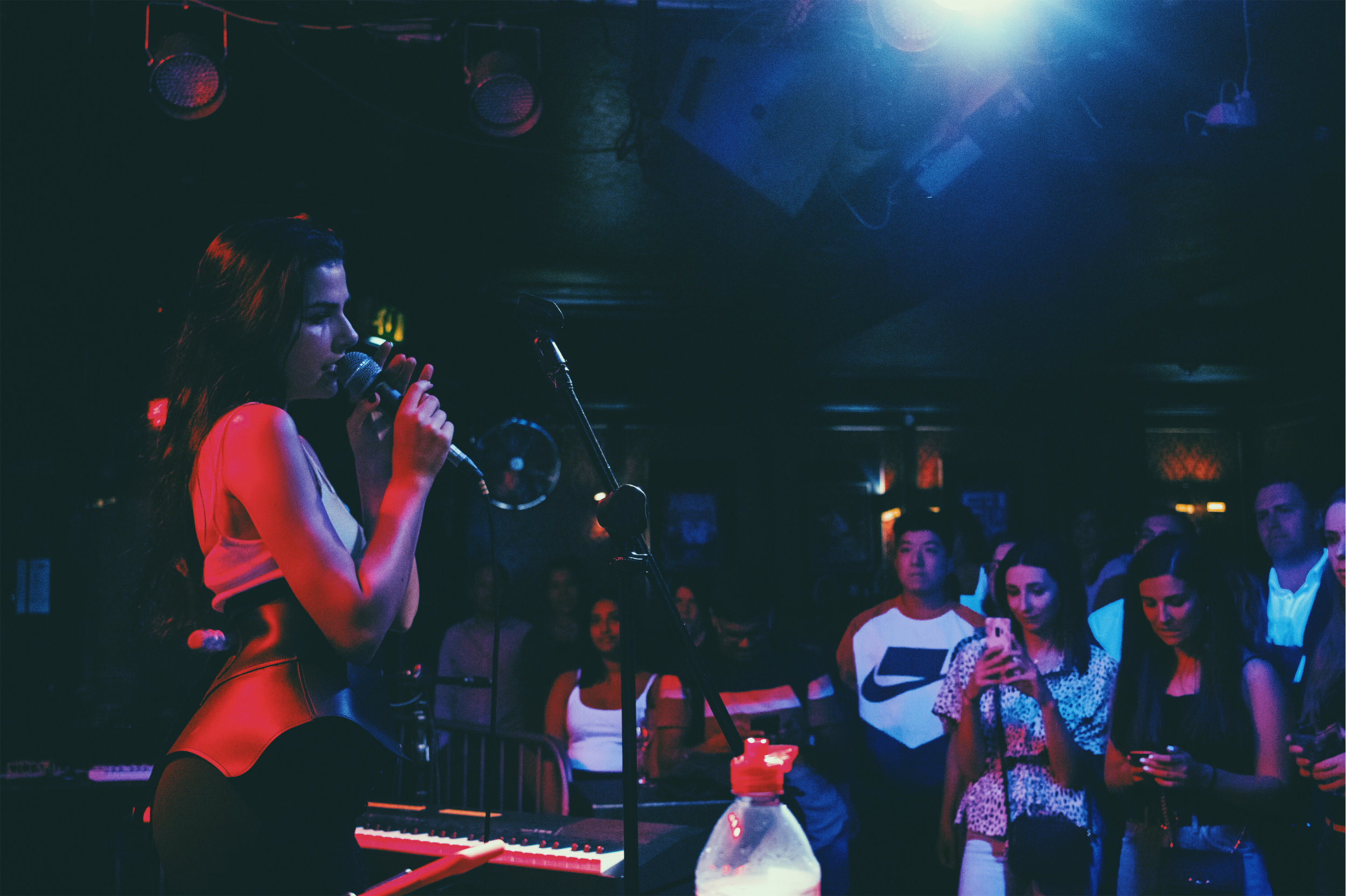 YasminLeigh-live2.jpeg