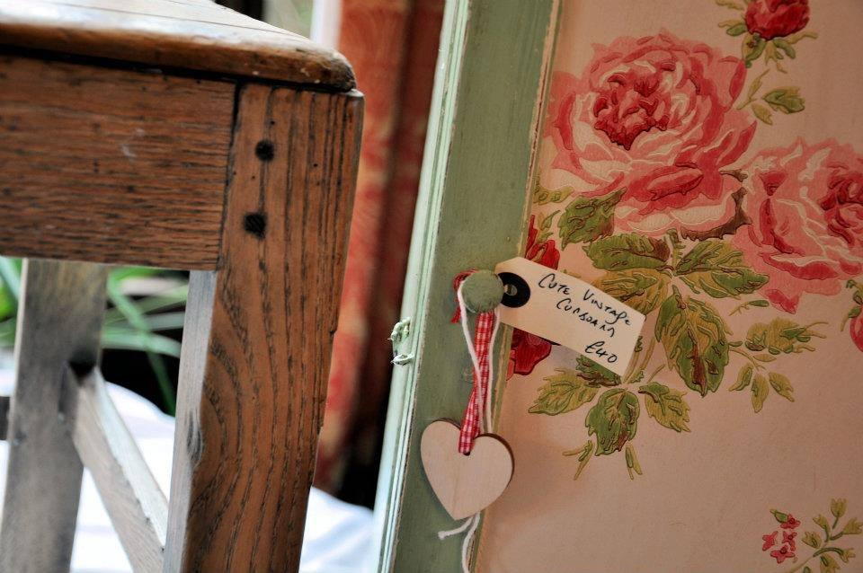 Country roses and rustic wood