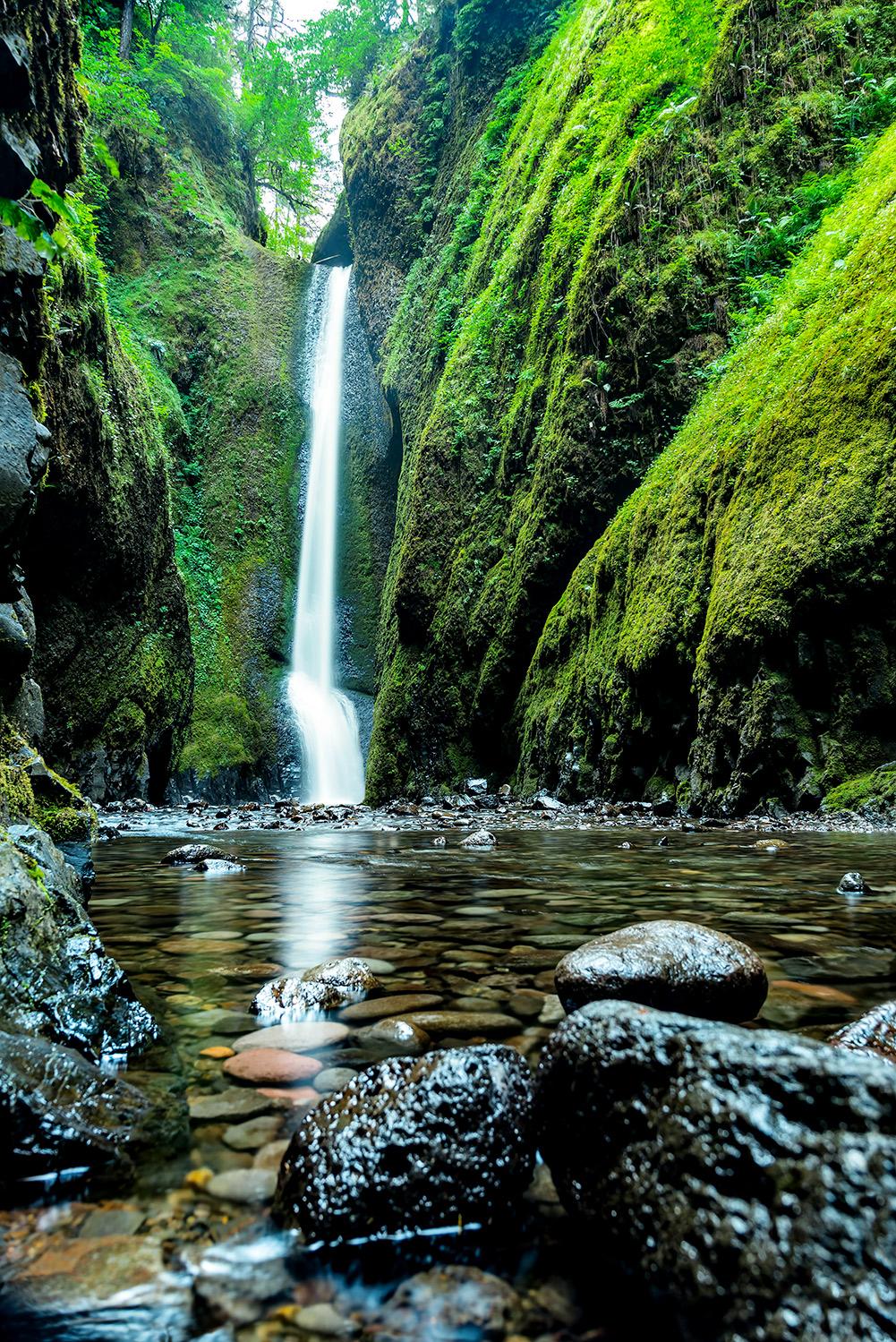 Oregon Waterfall.jpg