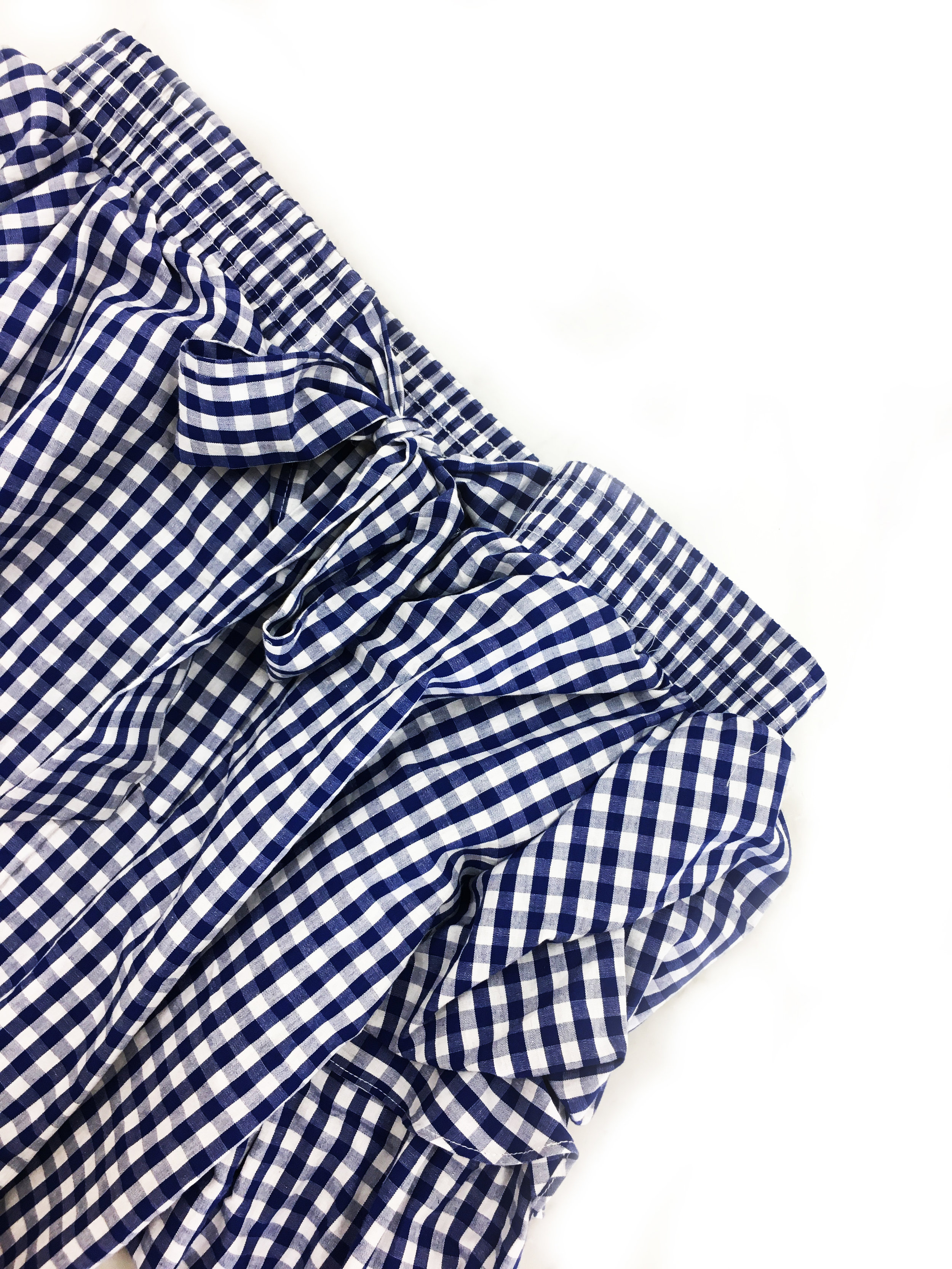 Polka Dots &Stripes &Gingham... oh my! - What's not to love about all of these cute prints and patterns?! This adorable off the shoulder gingham top is a perfect example of the classic fabric with a modern twist. Picking new patterns and prints in bright colors will help change up your wardrobe. Feeling daring? Mix and match different patterns to embrace your wild side! If thats too much, I love a patterned top (like the one on the left) with white skinny jeans!