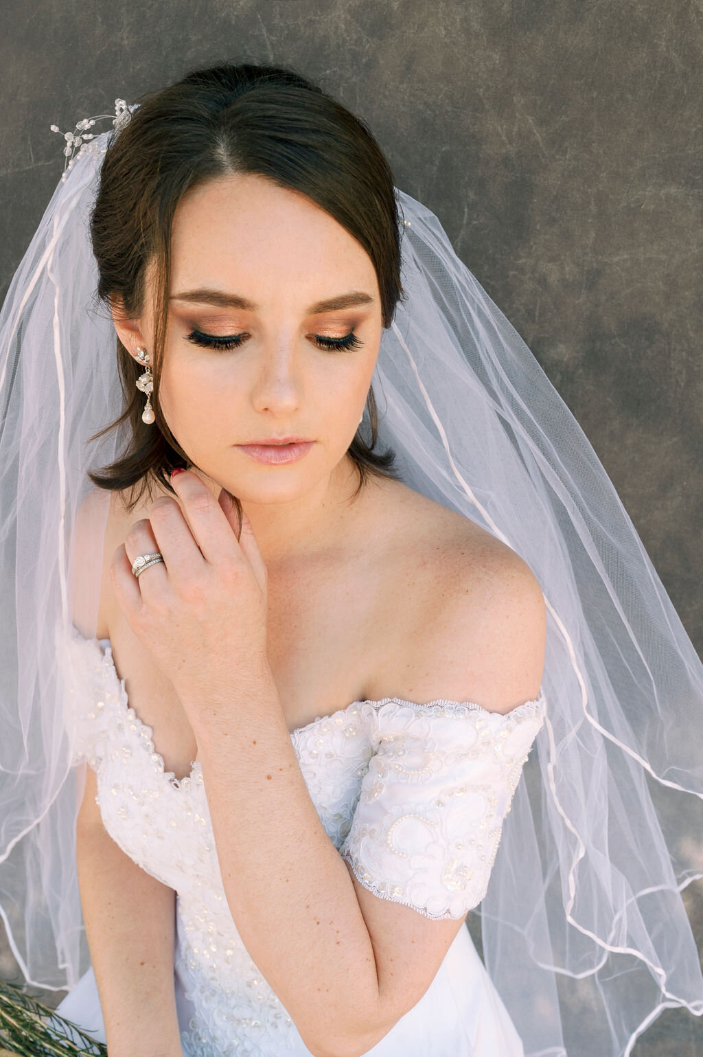 BRIDAL SHOOT WITH MICHELLE MAGNOLI