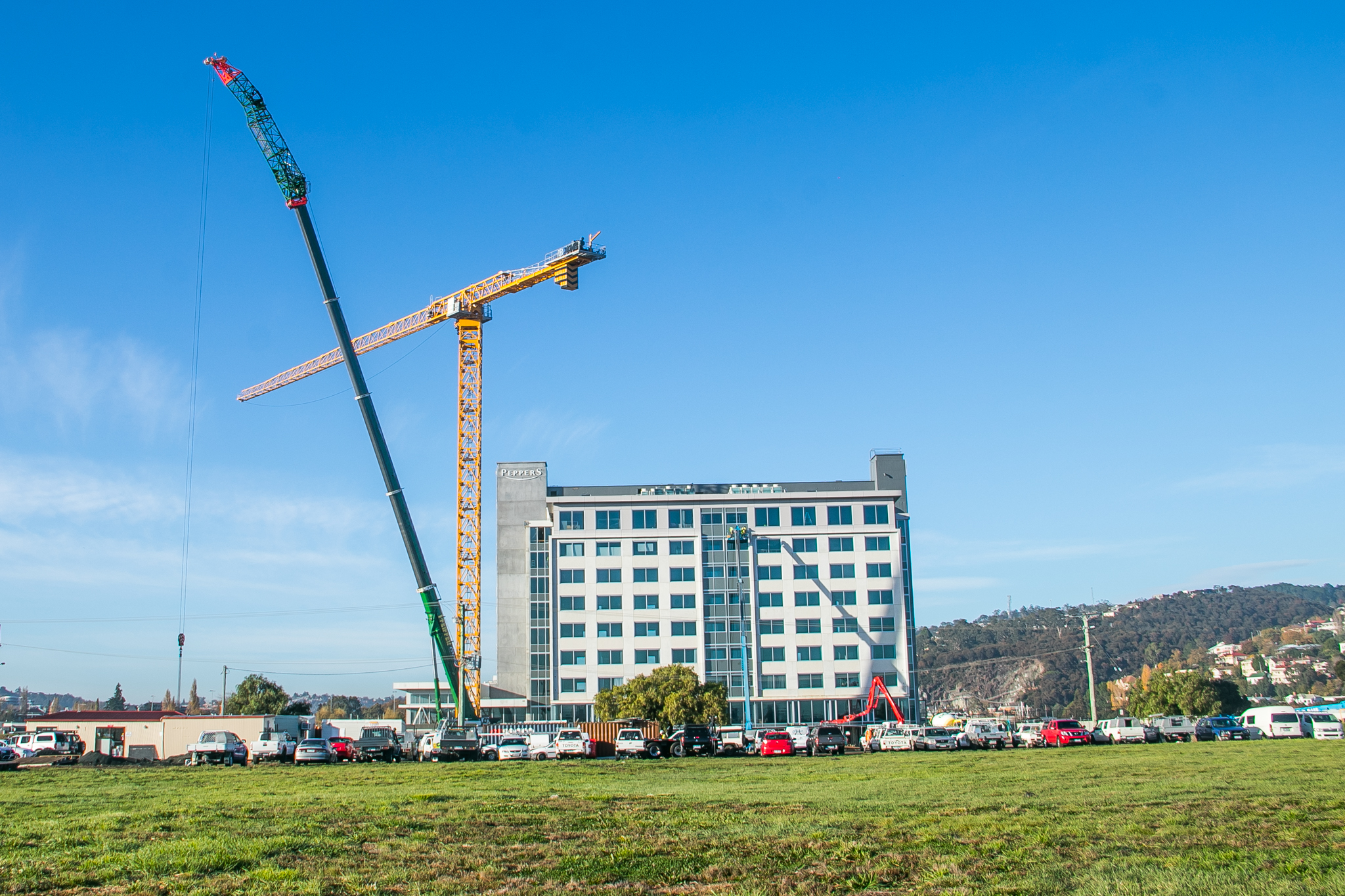 Peppers Silo Hotel Launceston - Construction help from Pfeiffer Cranes Tasmania
