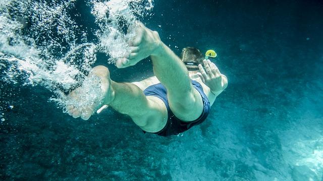 PUERTO VALLARTA SNORKELING - Los Arcos National Marine Park is the most popular spot for snorkeling and scuba diving in Puerto Vallarta.