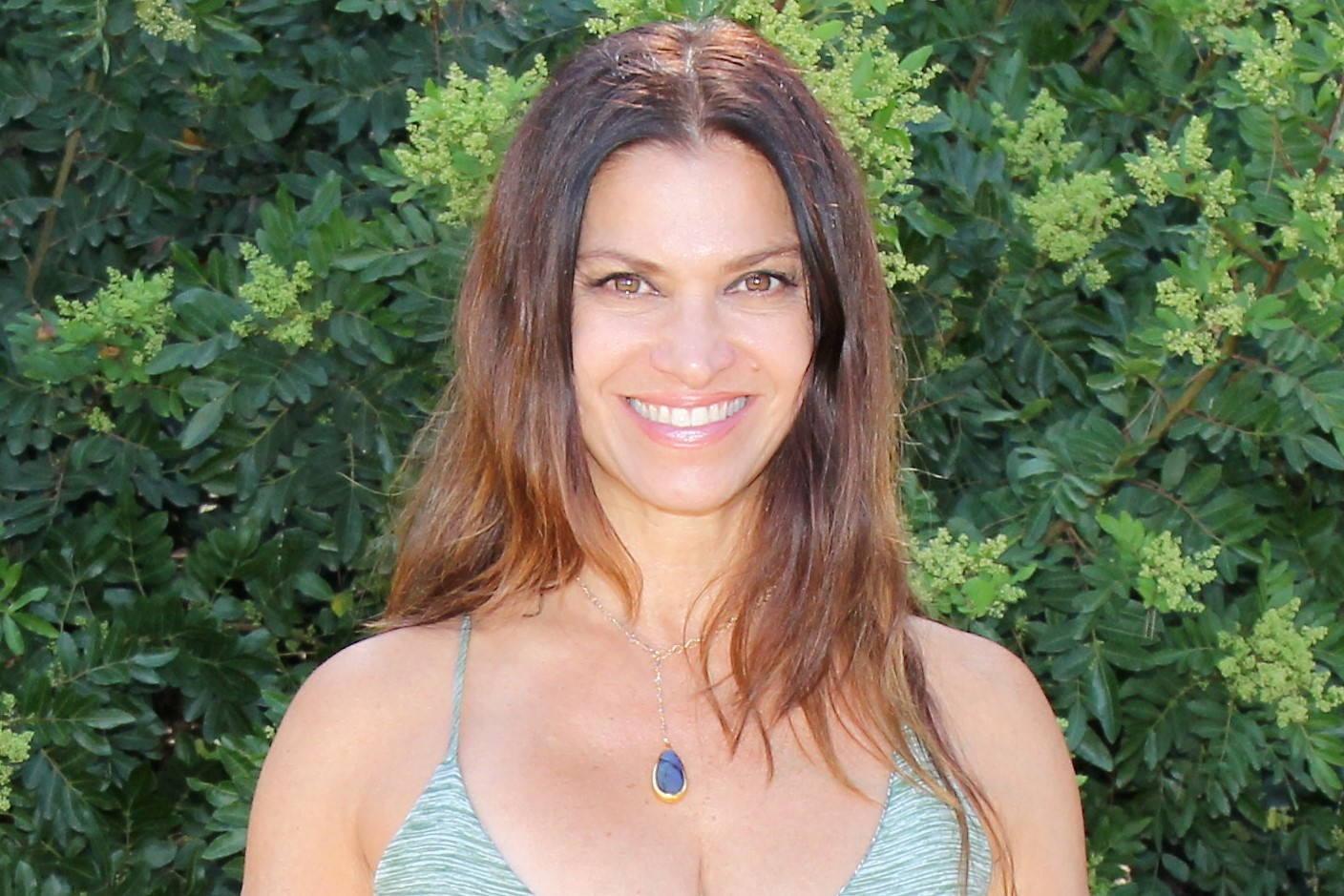 "Jennifer Savino   A facilitator of health and wellness for spas, resorts, studios and corporate wellness programs. Jennifer is the founder of Glo, as well as the author of "" Your Breath Heals"". She is a KUNLUN apprentice and is certified in Hatha Yoga, BASI Pilates and as a Prana breath work facilitator."