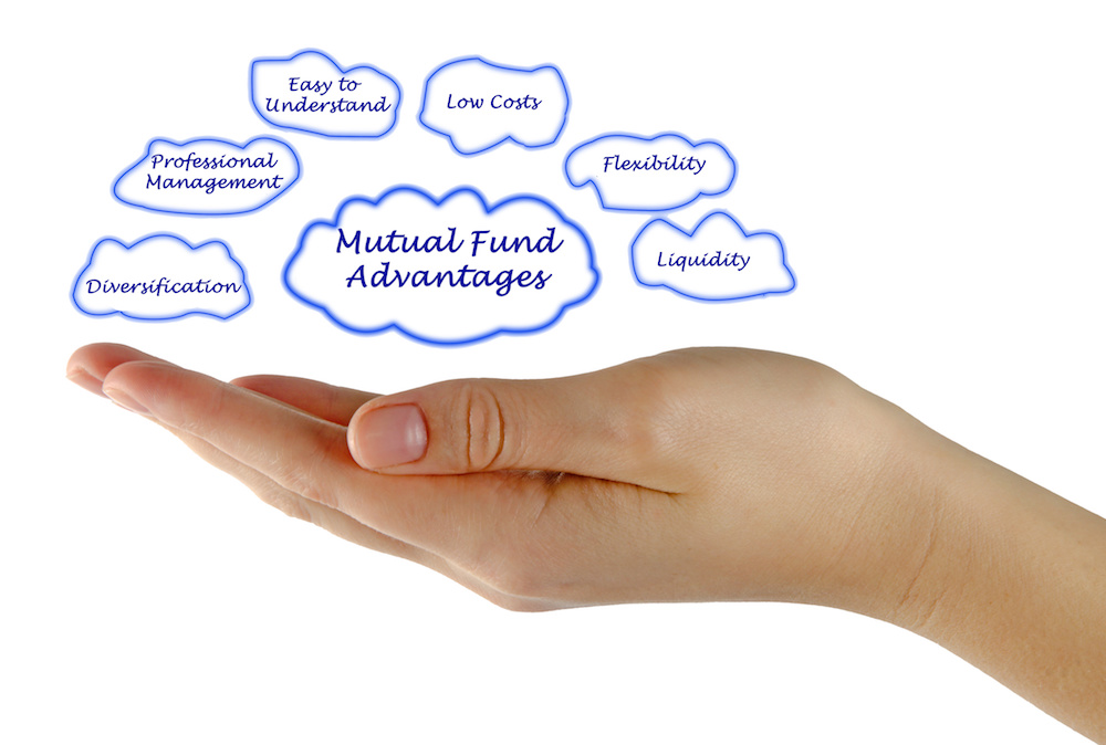 What's the benefit of investing in mutual funds over individual stocks and bonds img.jpeg