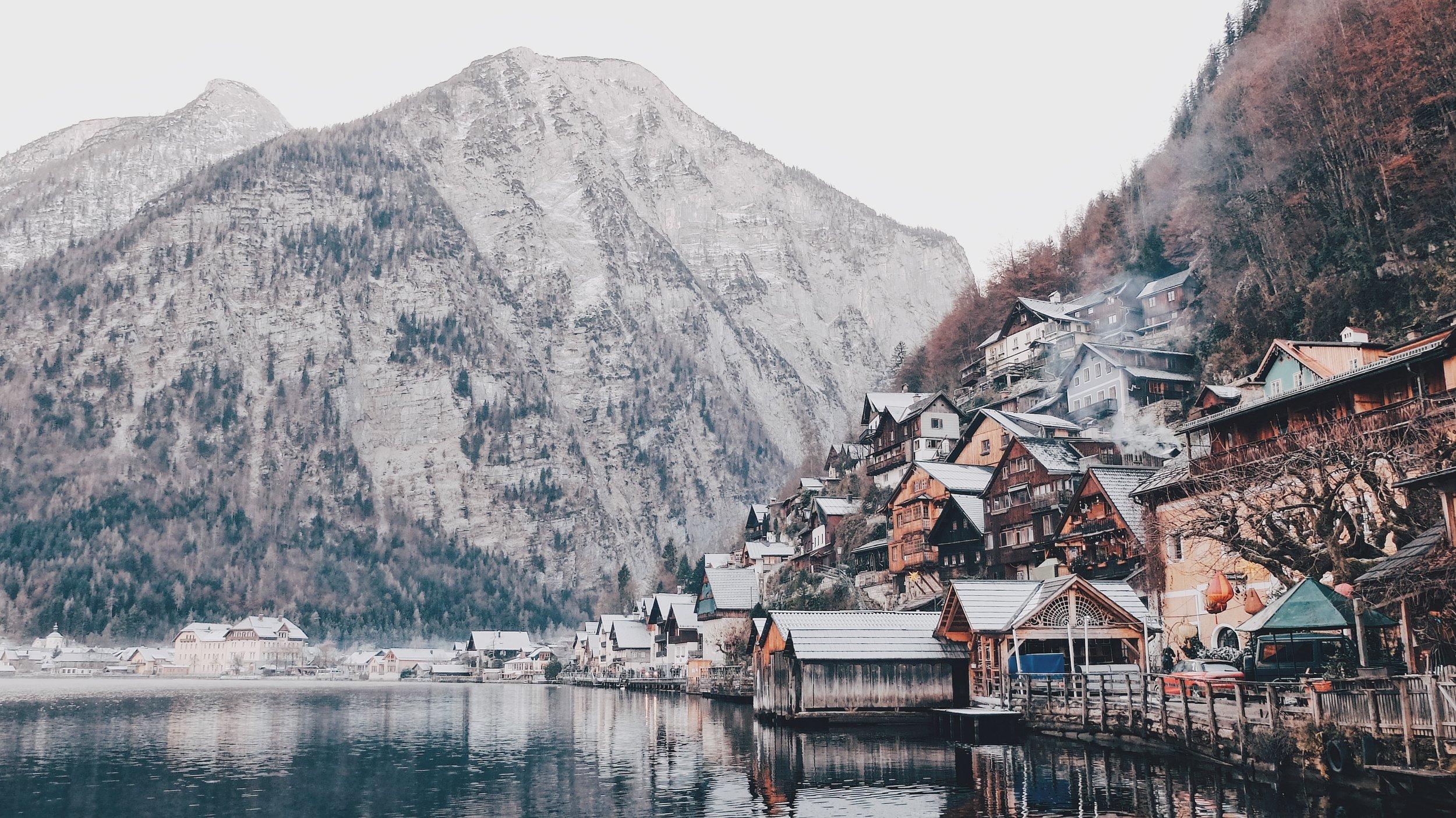 Hallstatt, Austria Photo:  Dahee Son   Pinterest Inspiration
