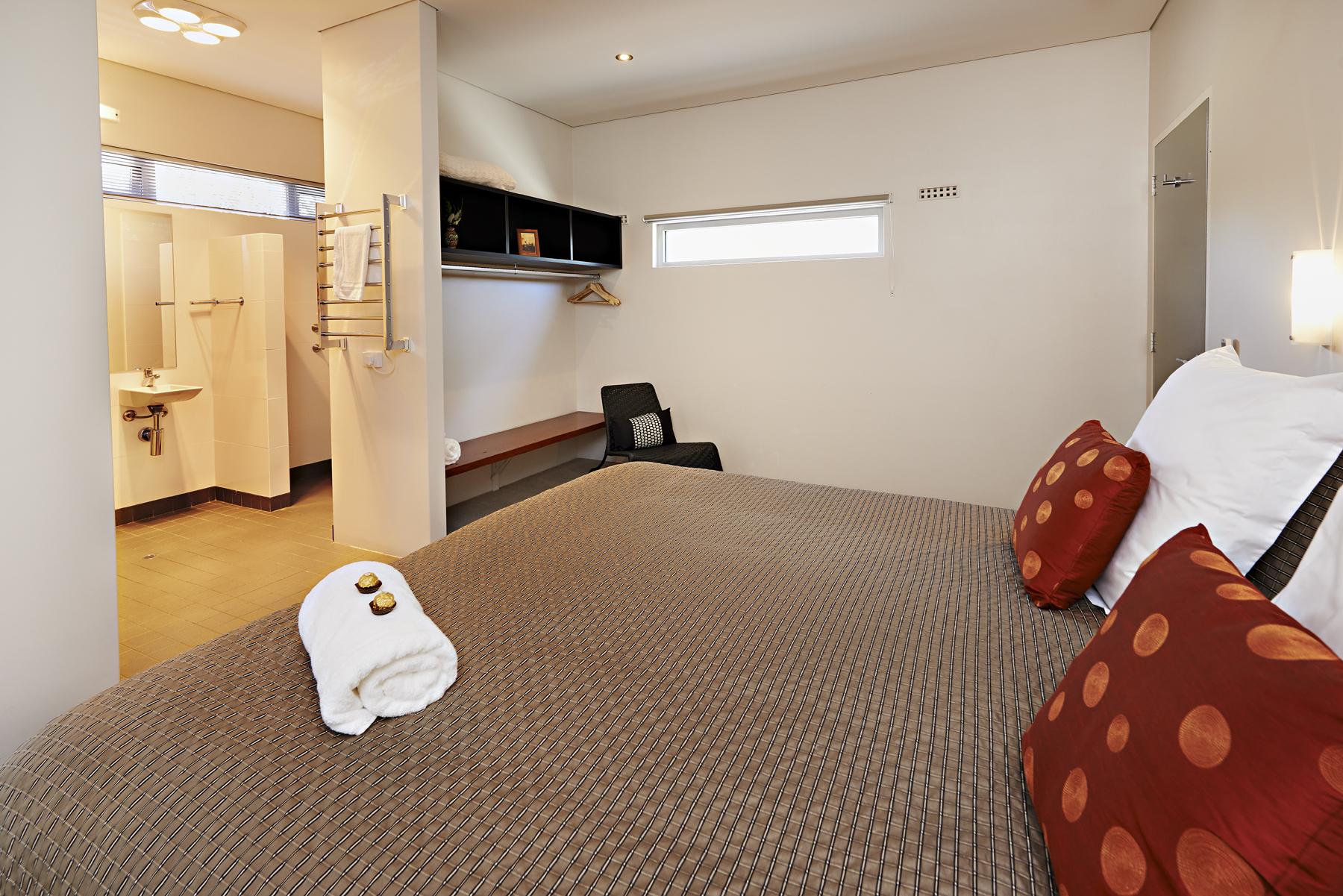 0061 - Hanover Bay Apartments - 05122013.jpg