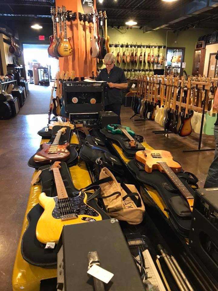 Delivery to Carter Vintage Guitars - E.B. Rooster Guitars August 2018 Consignments