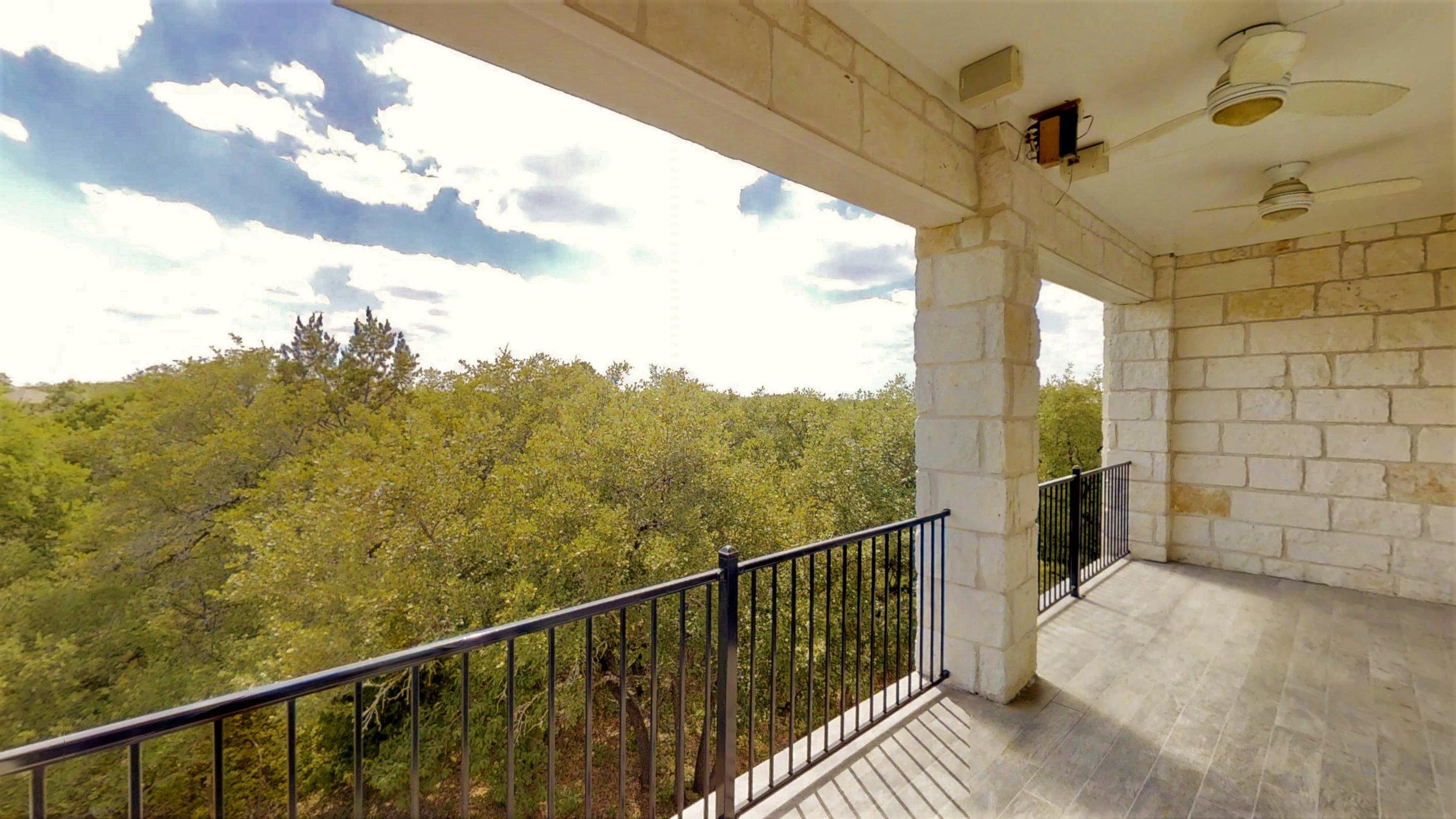 Top Balcony (5).jpg