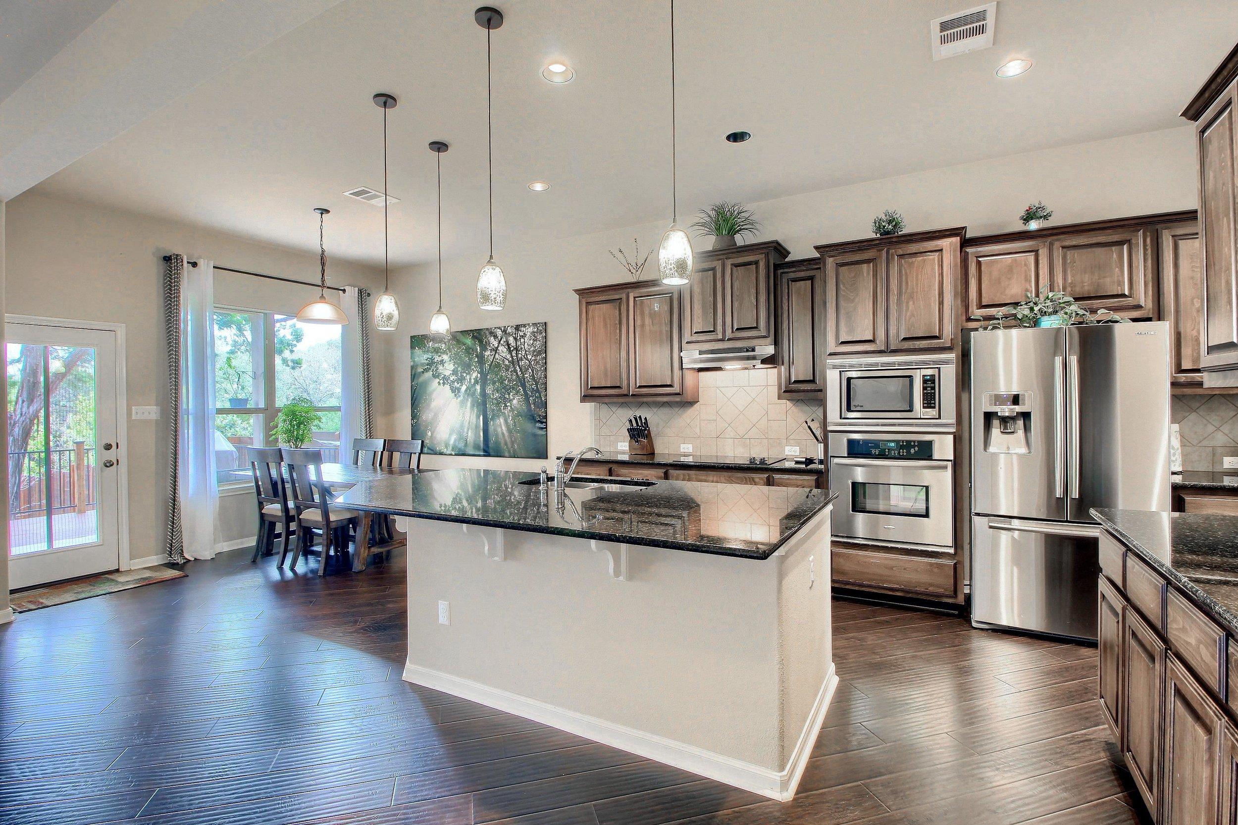 What a stunning Kitchen!