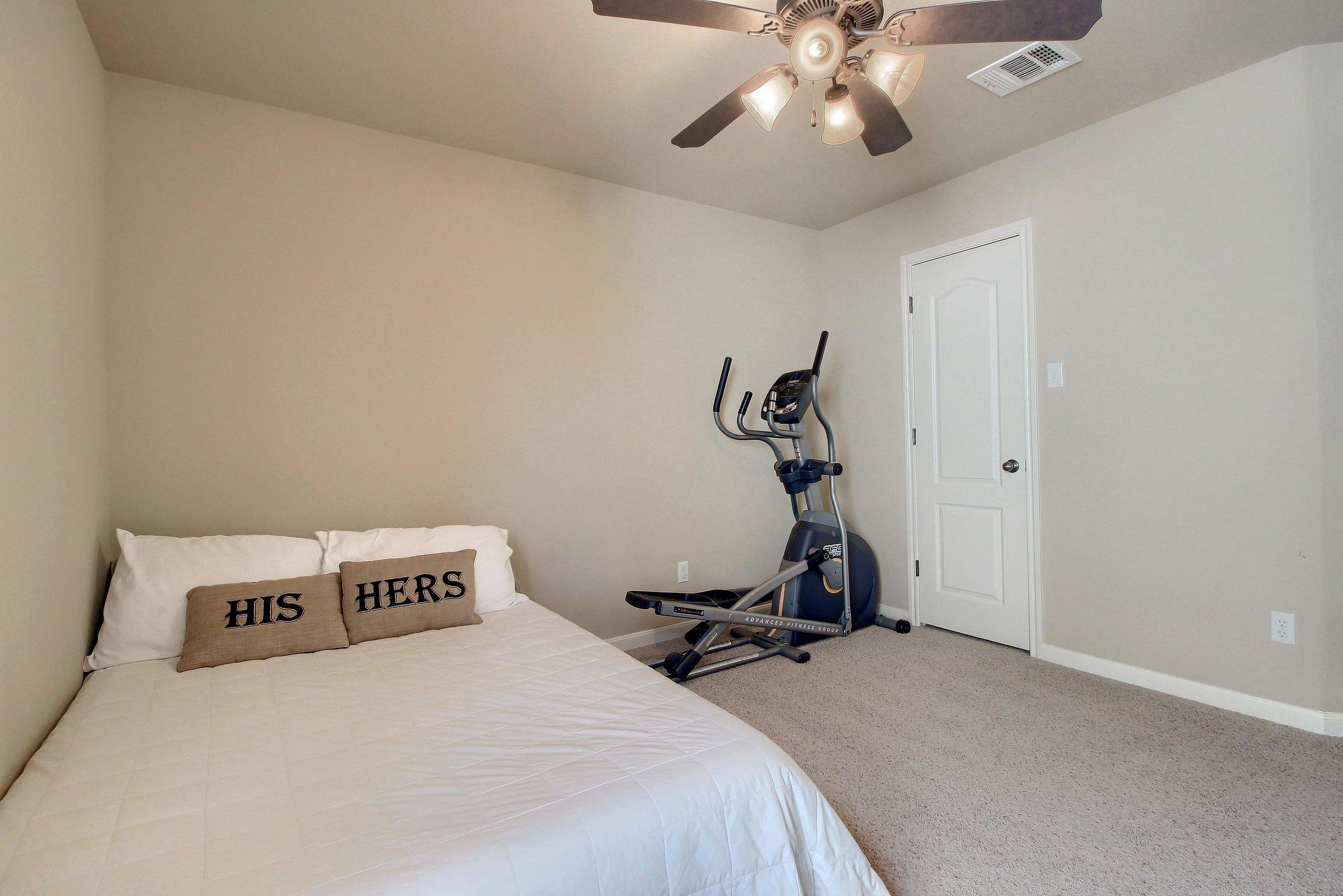 2629 Ravenwood guest bedroom
