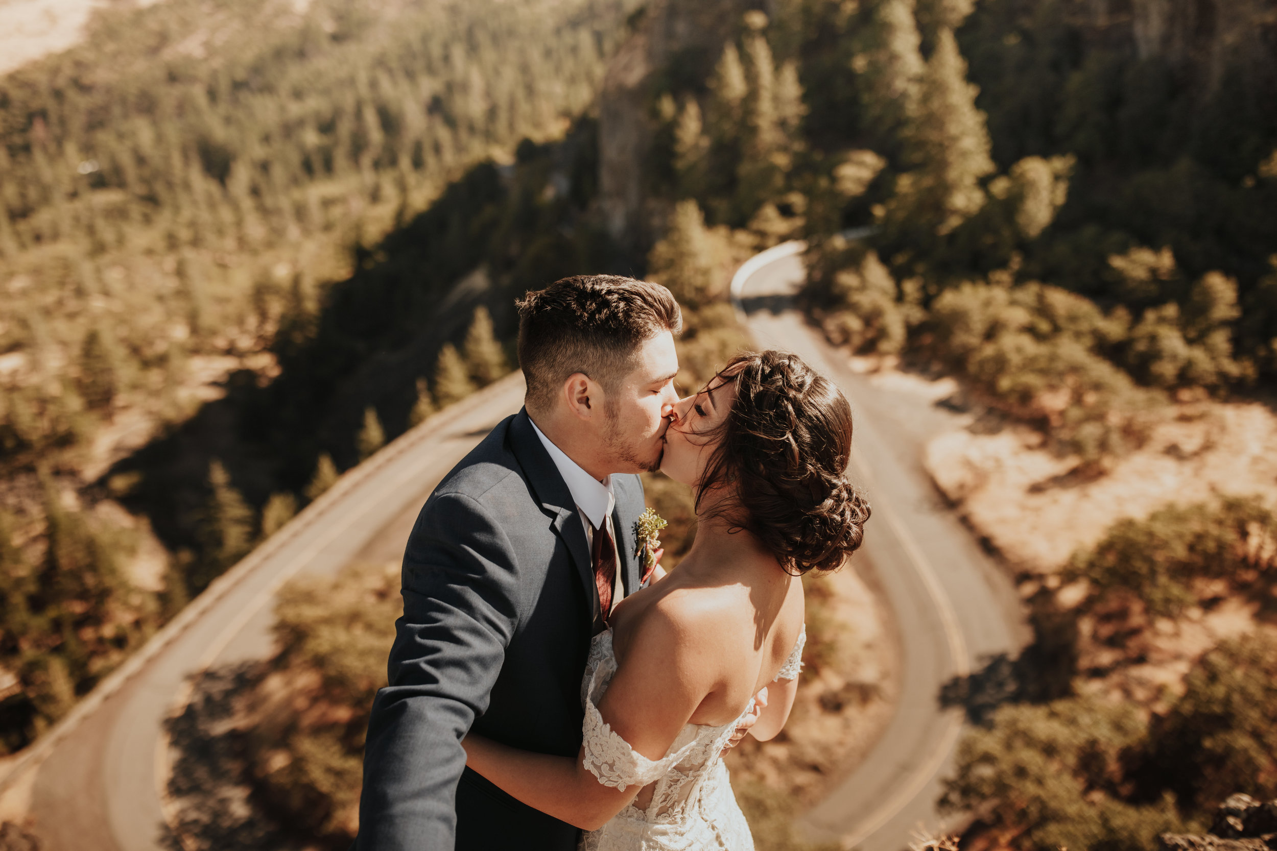 rowena crest wedding