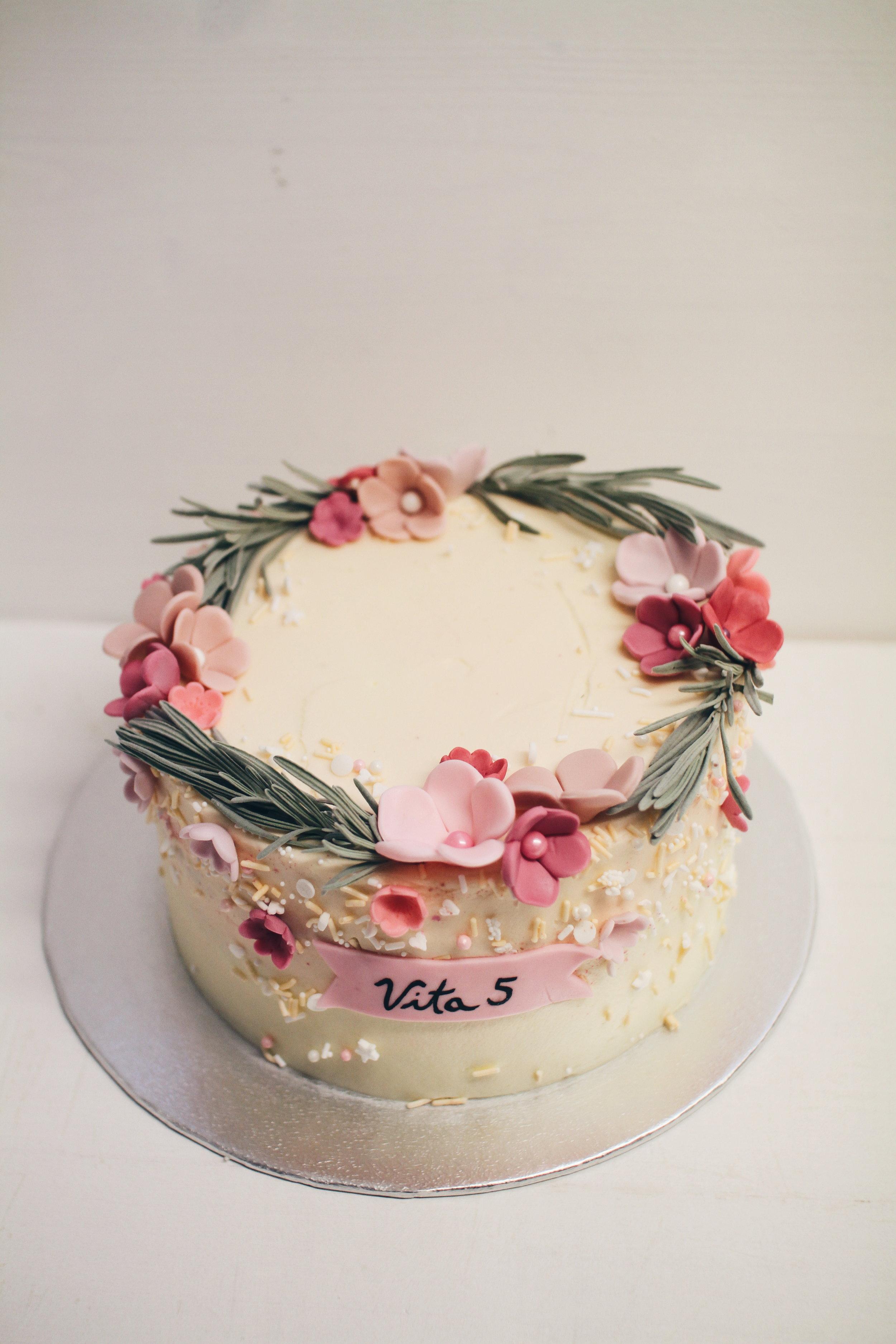 Copy of Pomladna otroška torta.