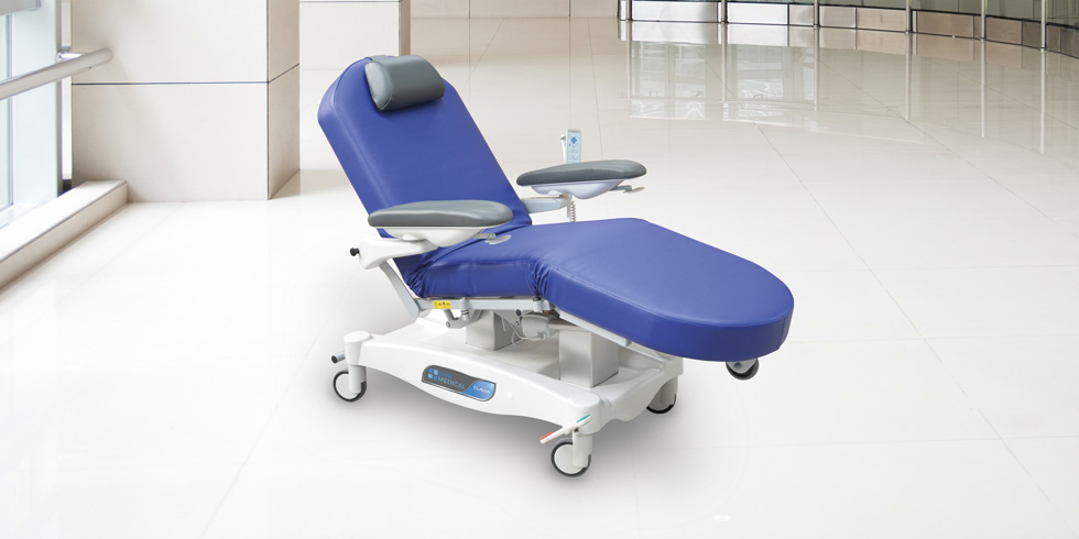 CLAVIA FCD - Electrical chemotherapy and dialysis chairClick here for the online brochureClick here for more details