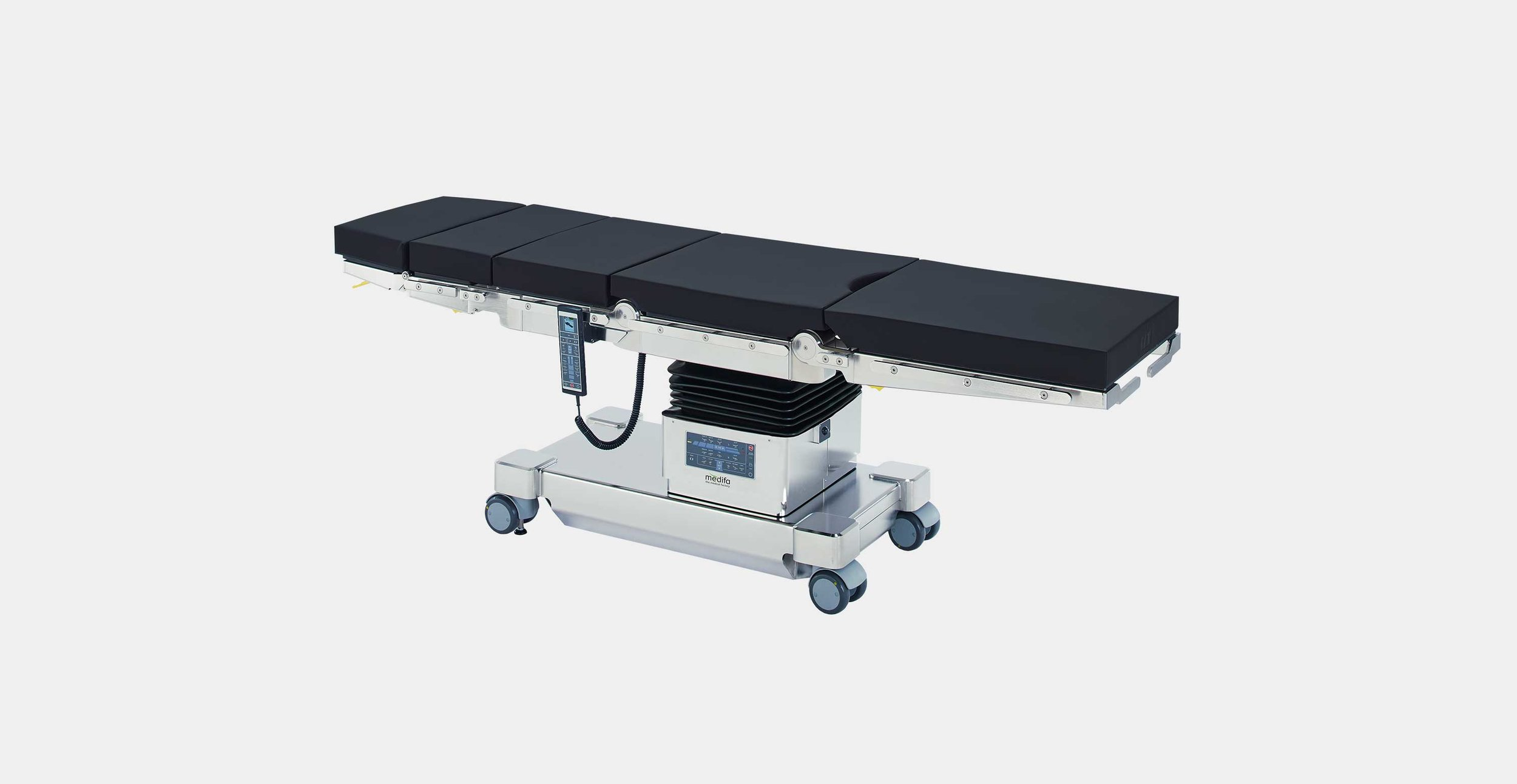 medifa 7000 serie - The medifa 7000 mobile operating table is the all-rounder among the medifa operating tables. In terms of flexibility and expandability, optimum base height (580 mm), ease of use and extremely high load capacity (544 kg total load), this operating table meets the highest requirements in the operating room.download the brochure click here