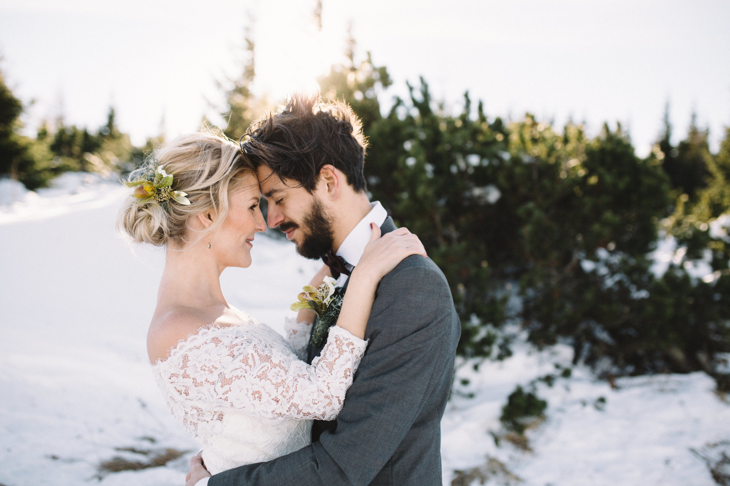 Moutain Winter Wedding-14.jpg