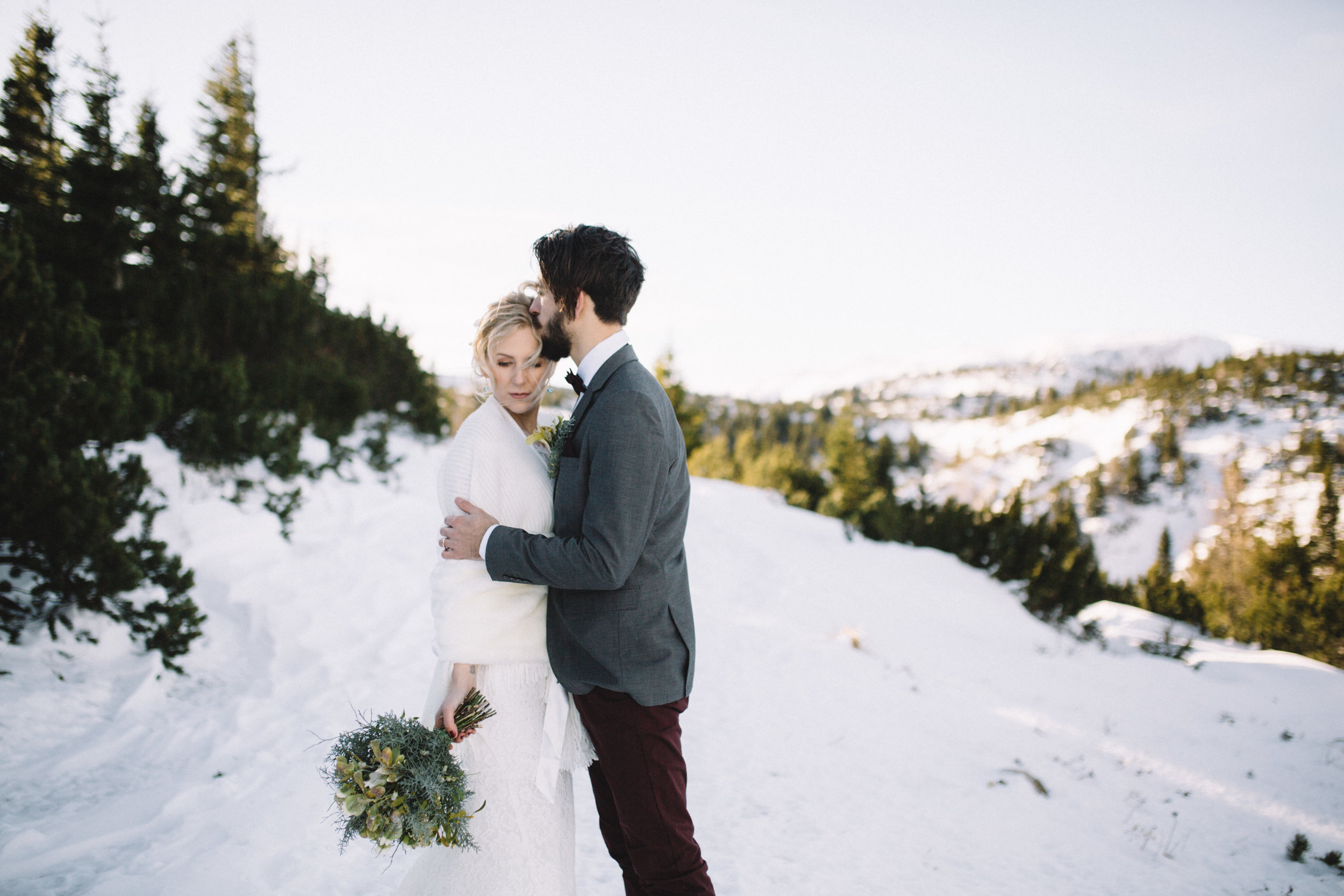 Moutain Winter Wedding-27.jpg