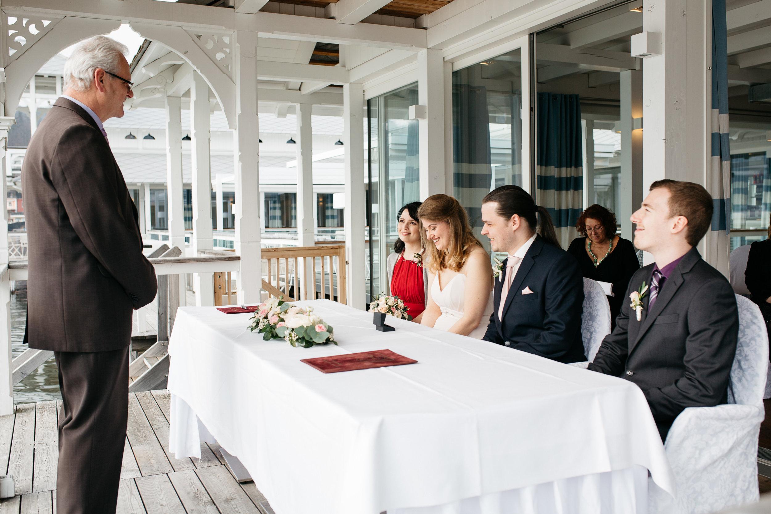 spring_lake_wedding_in_white_rose-04.jpg