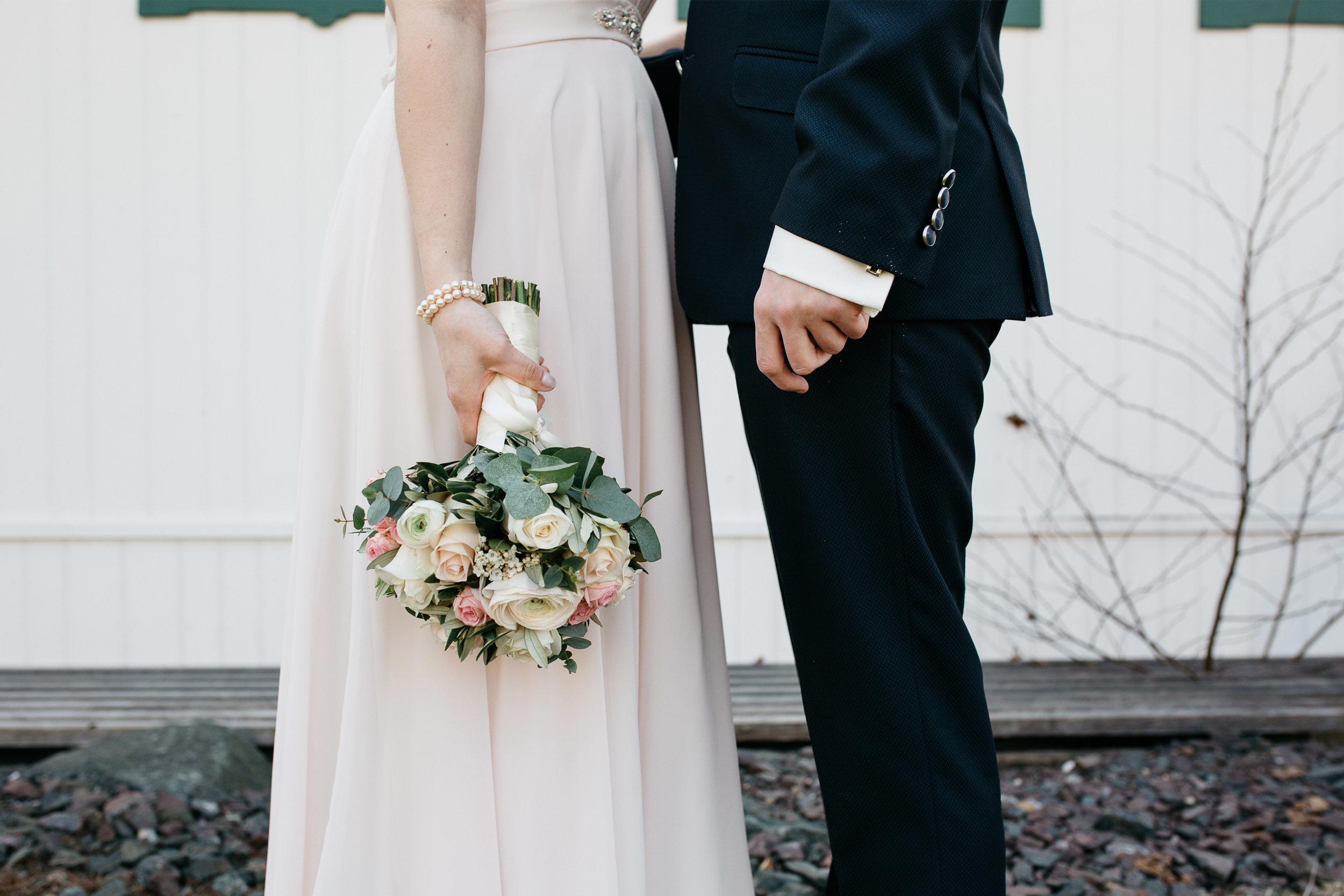 spring_lake_wedding_in_white_rose-19.jpg